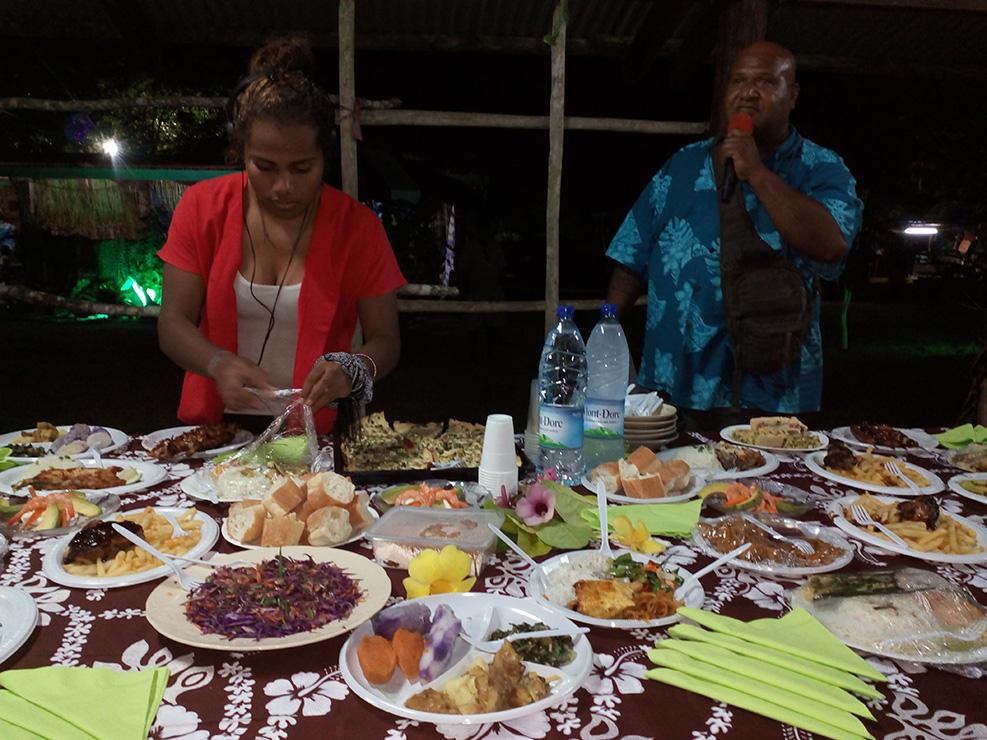 Fête du Pahatr Lifou Buffet accueil