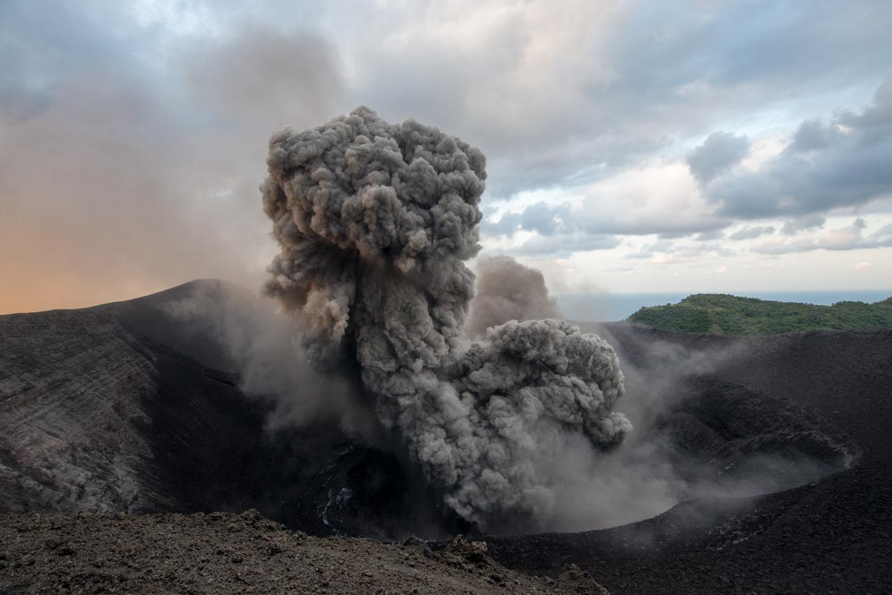 Tanna : à l'assaut d'un volcan au Vanuatu