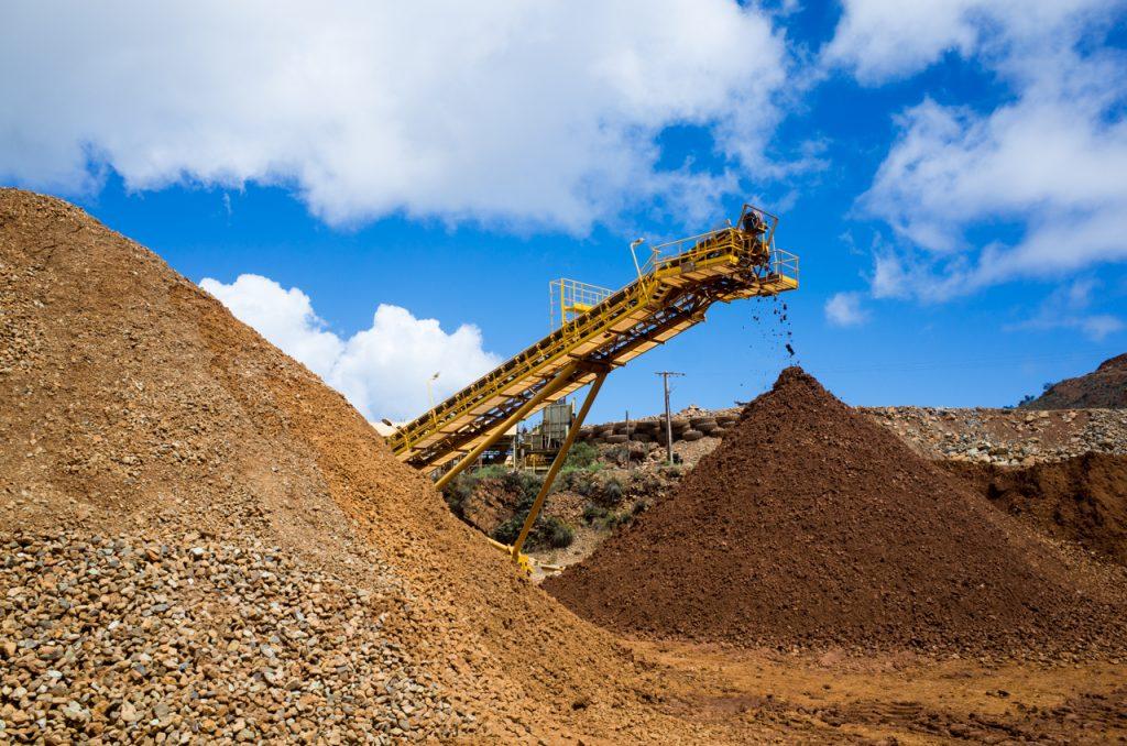Visiter la nouvelle cal donie 5 la mine sln de thio - La nouvelle mine ...