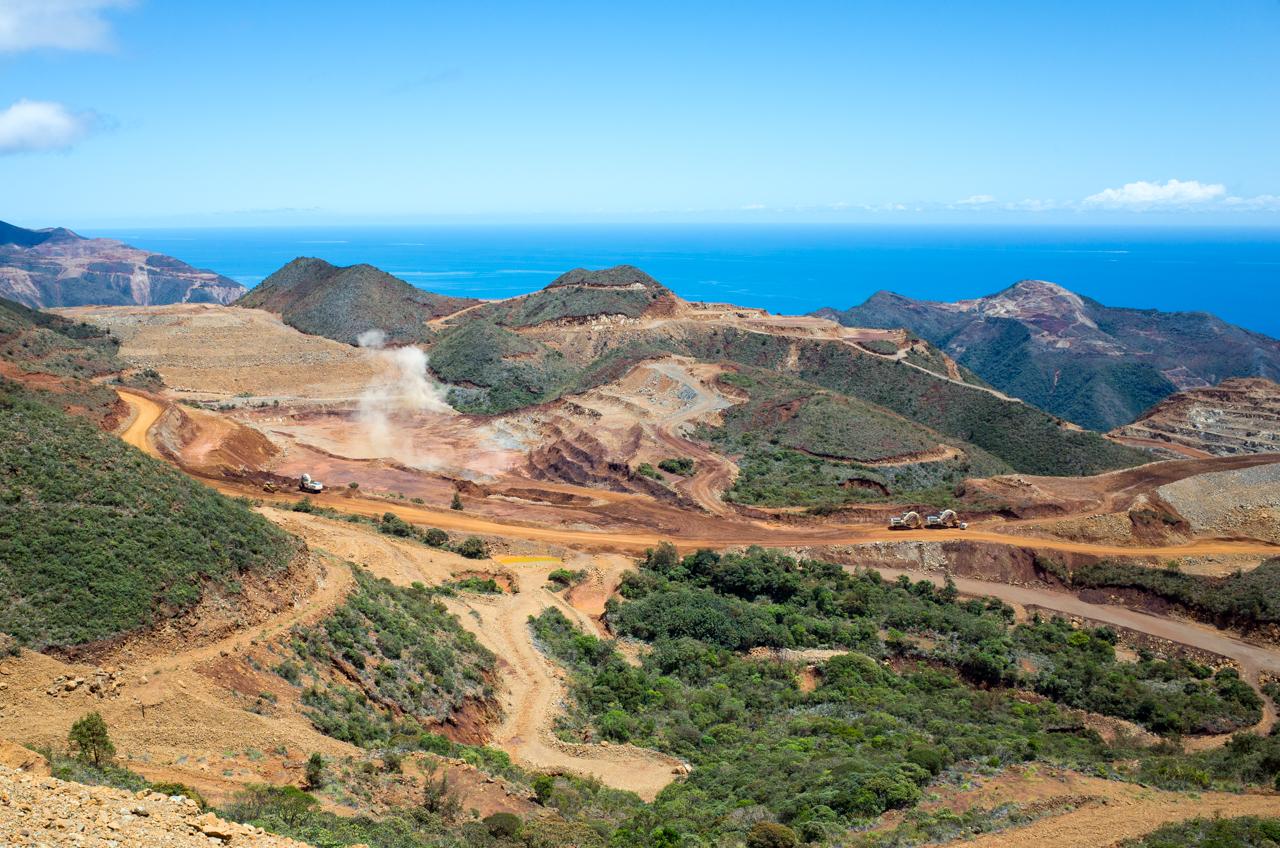 Visiter la Nouvelle-Calédonie #5 : La mine SLN de Thio